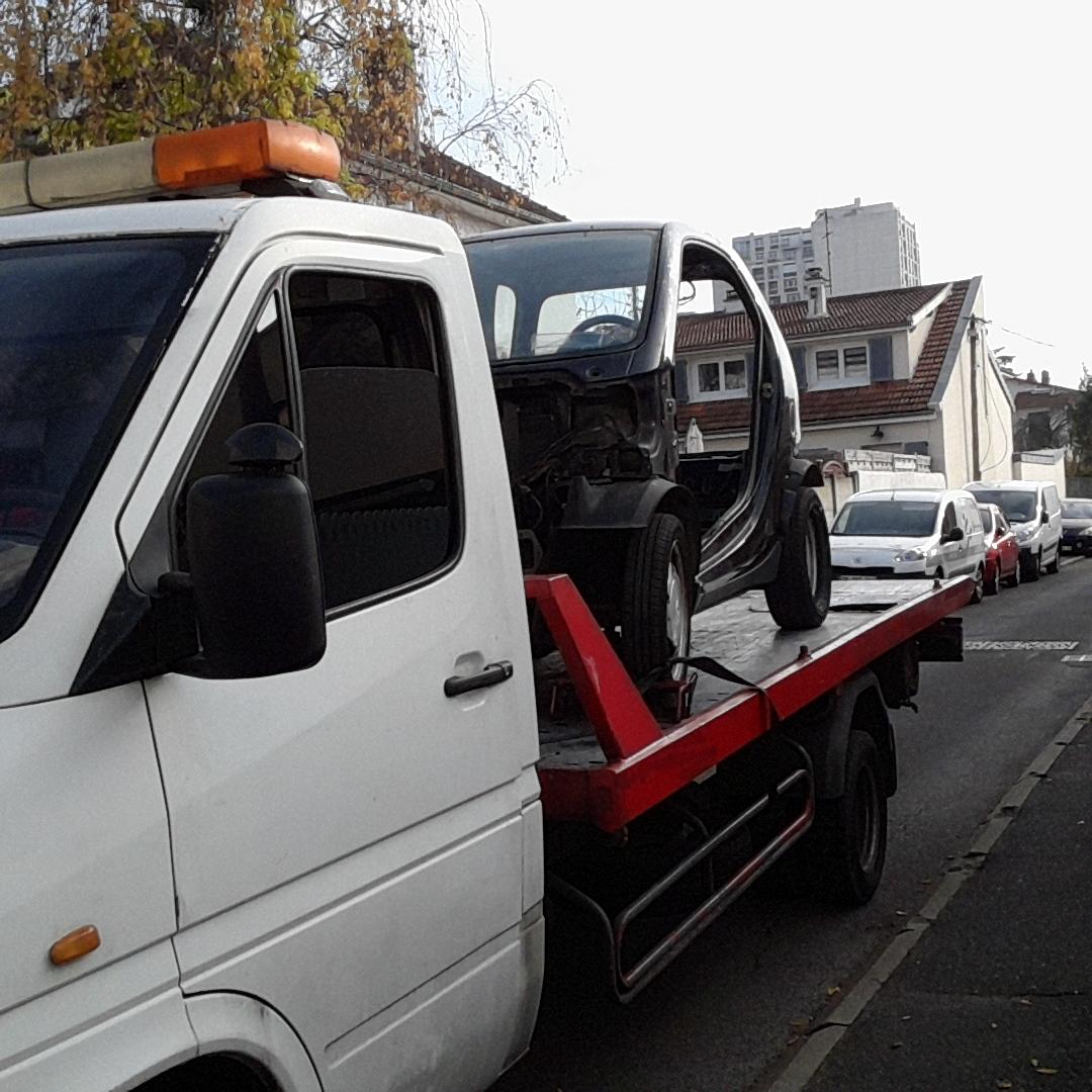 enlevement voiture camion scooter epave accident e panne gag hors service brul e gratuit. Black Bedroom Furniture Sets. Home Design Ideas