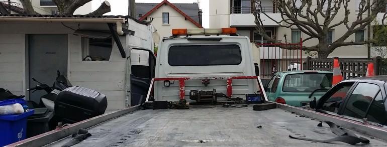 destruction voiture en panne accidentee gagee hs meudon. Black Bedroom Furniture Sets. Home Design Ideas