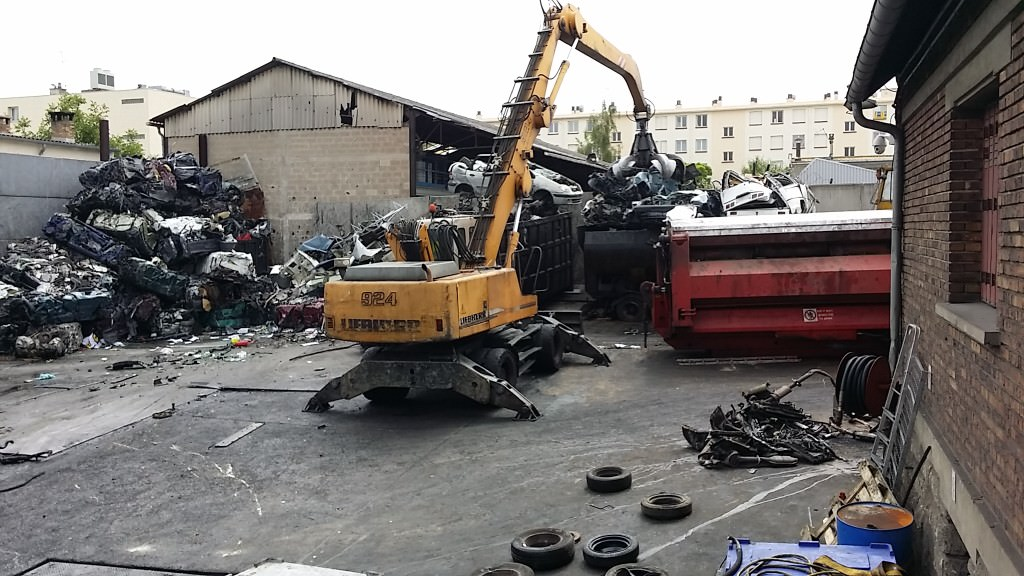 destruction voiture en panne accidentee gagee hs ile de france. Black Bedroom Furniture Sets. Home Design Ideas
