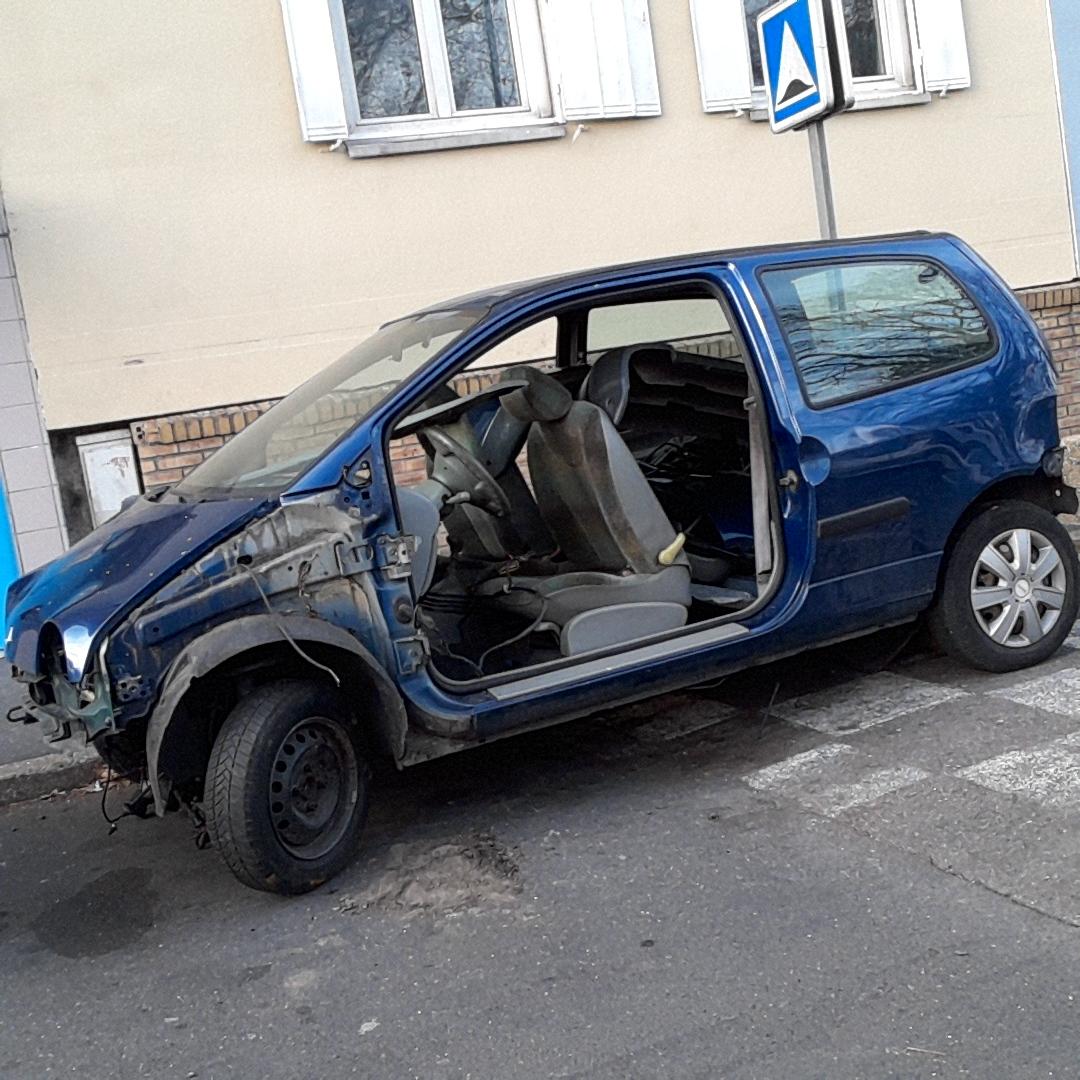 enlevement destruction epave gratuit jambville voiture en panne accidentee moteur hs casse. Black Bedroom Furniture Sets. Home Design Ideas