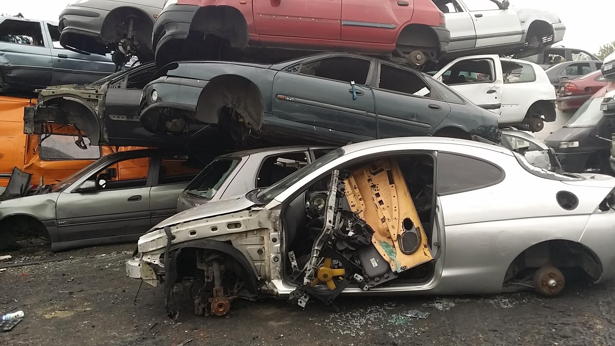 Rachat voiture epave hs panne accidentee gagee Montfermeil